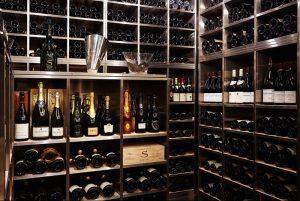 豊富なワインの取り揃え